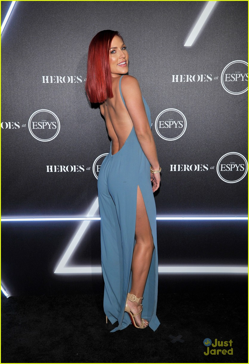 aly raisman victoria arlen sharna burgess heroes espys party 17
