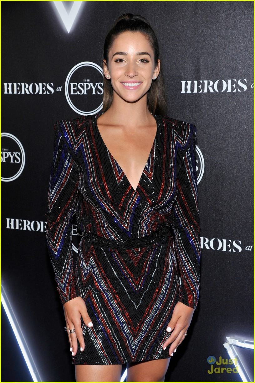 aly raisman victoria arlen sharna burgess heroes espys party 20