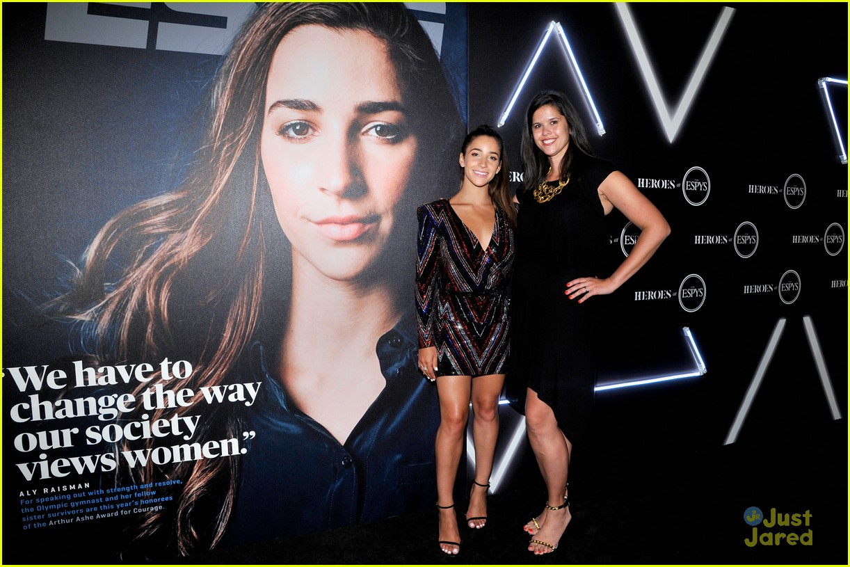 aly raisman victoria arlen sharna burgess heroes espys party 24