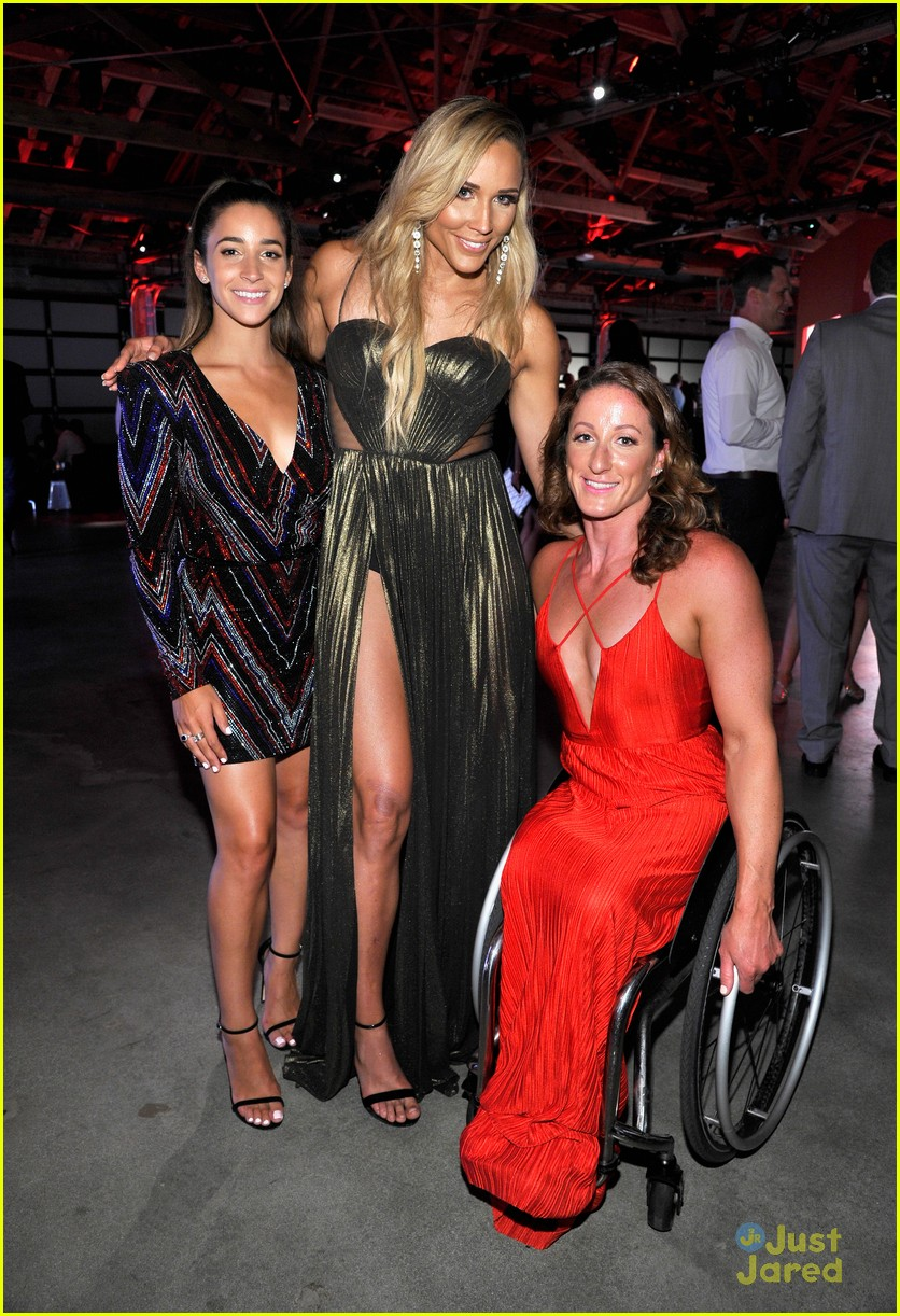 aly raisman victoria arlen sharna burgess heroes espys party 28