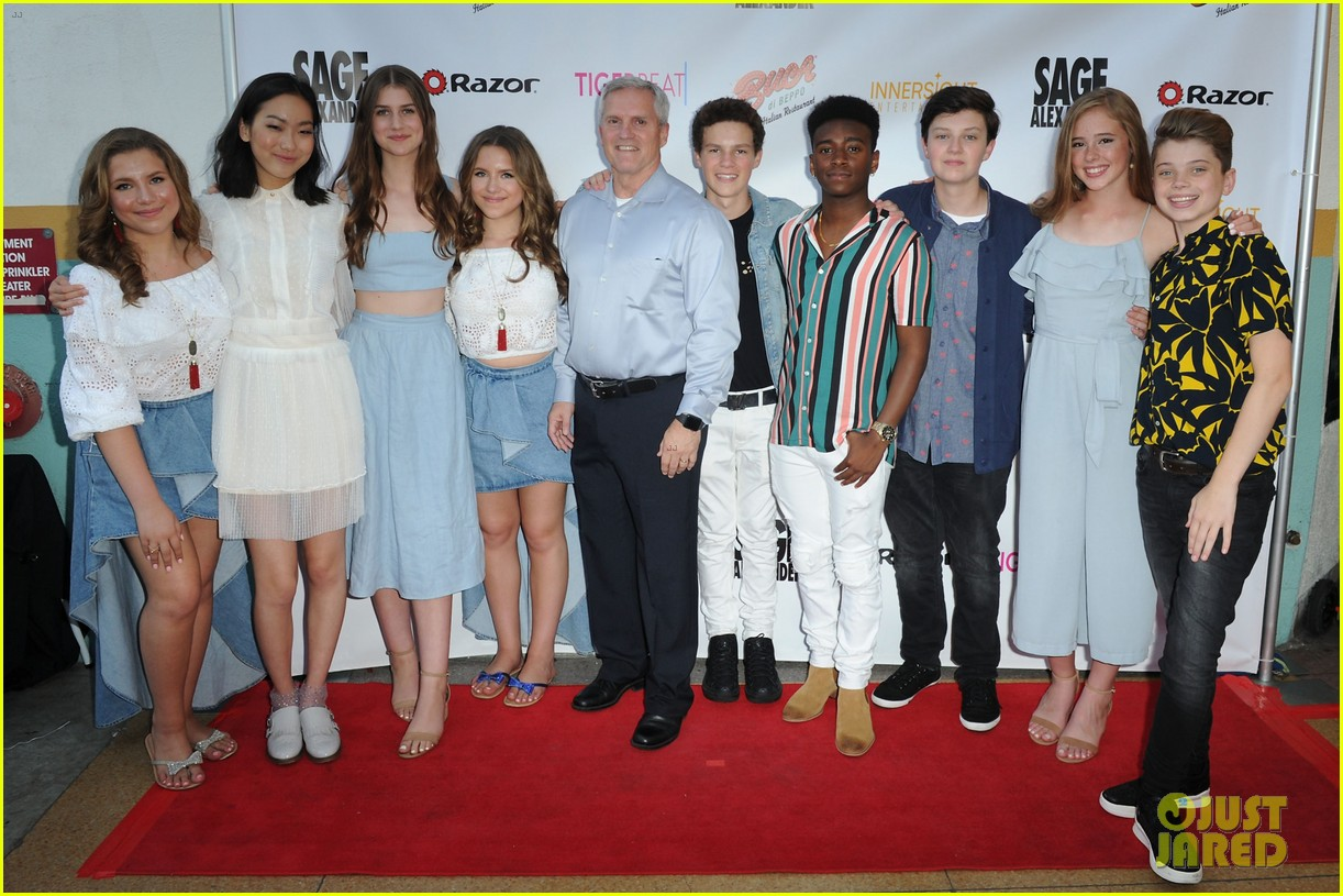 brec bassinger and dylan summerall couple up for sage launch party 05