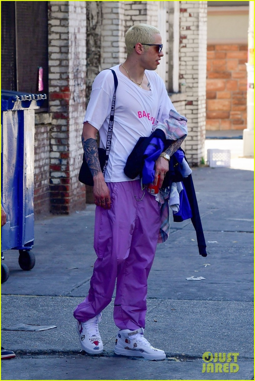 pete davidson debuts new bleached blonde hair in nyc 04