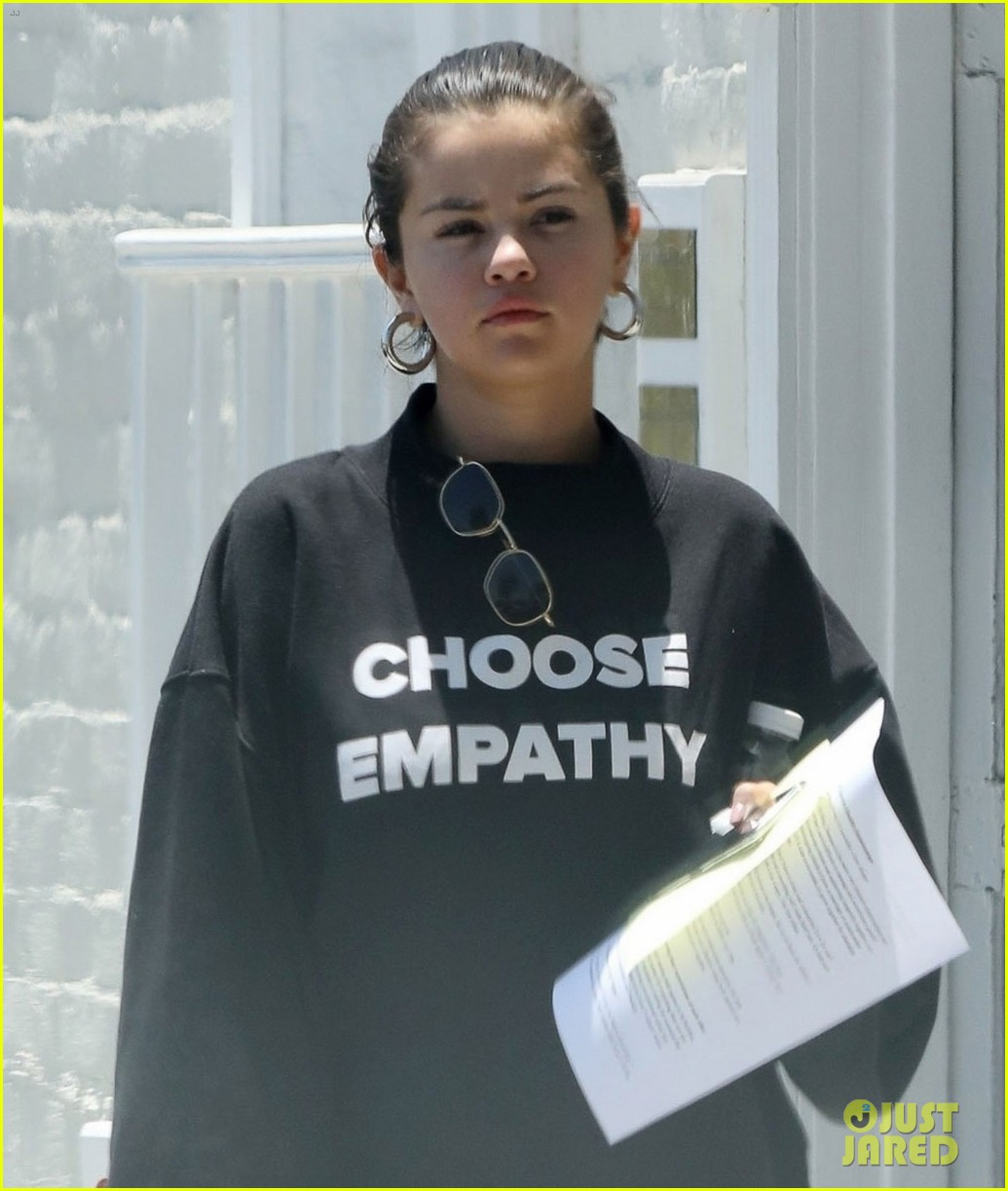 selena gomez choose empathy sweatshirt 02