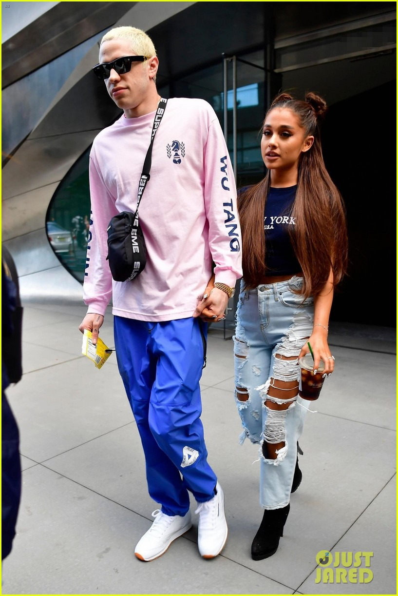 ariana grande and pete davidson step out ahead of her amazon music unboxing prime day concert 01