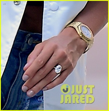 hailey baldwin justin bieber nyc engagement ring july 2018 00