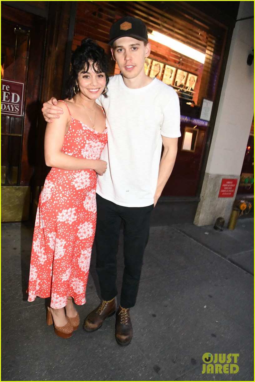 vanessa hudgens austin butler closing night on broadway 01