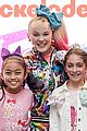 jojo siwa melbourne fans show up 05