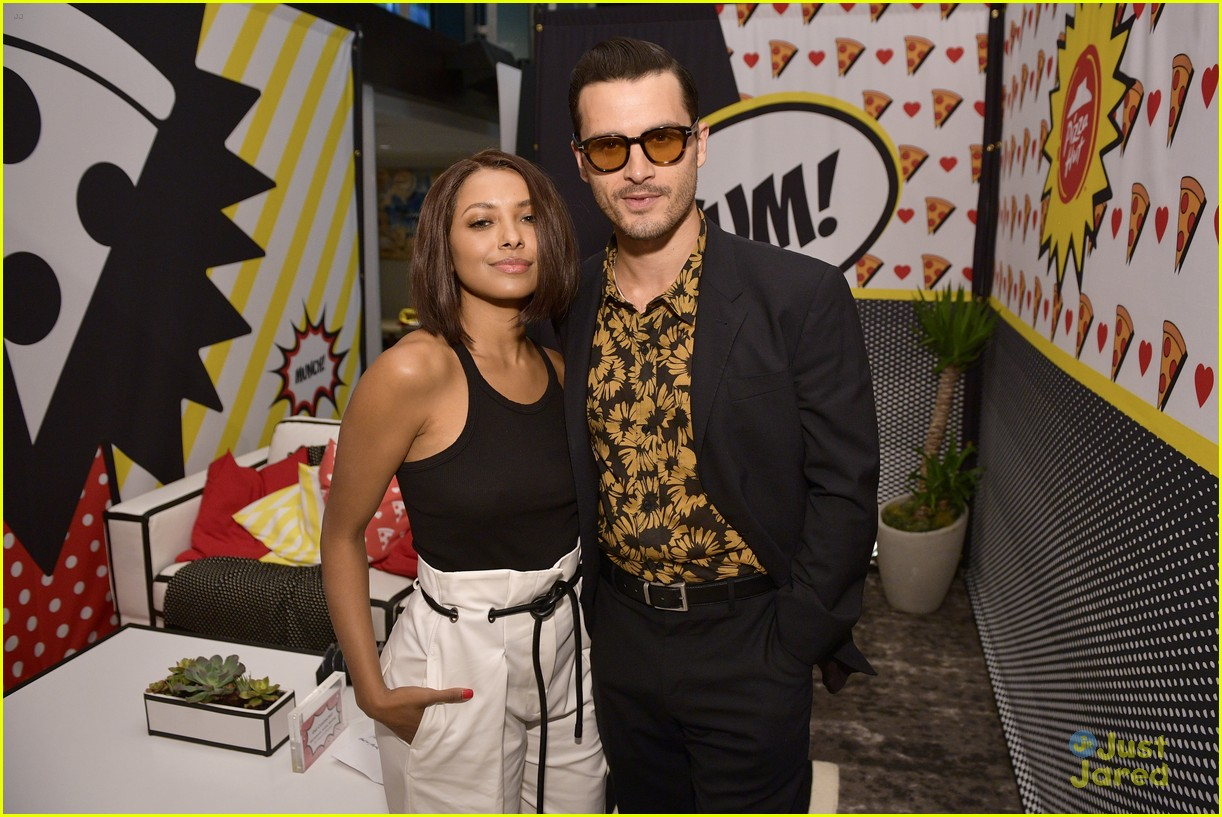 kat graham michael malarkey sdcc reunion tca panel 15