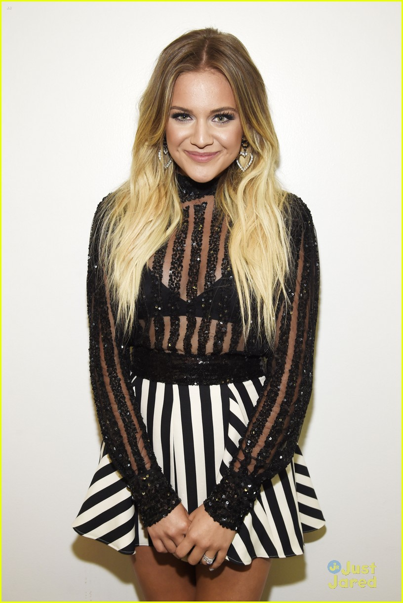 kelsea ballerini goals list amazon nobu dinner 17