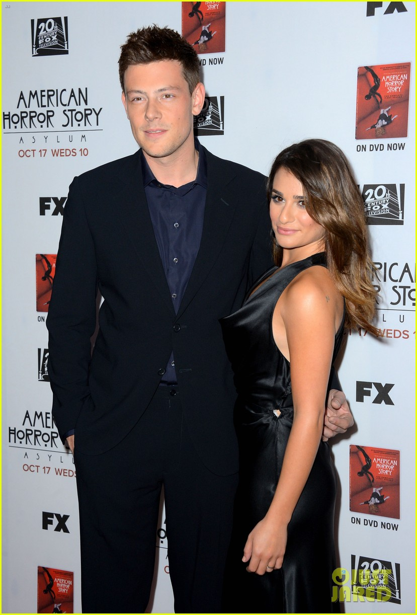 lea michele pays tribute to cory monteith 02