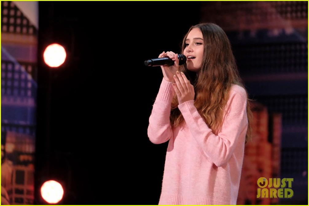makayla phillips sings demi lovato gets golden buzzer on agt 03