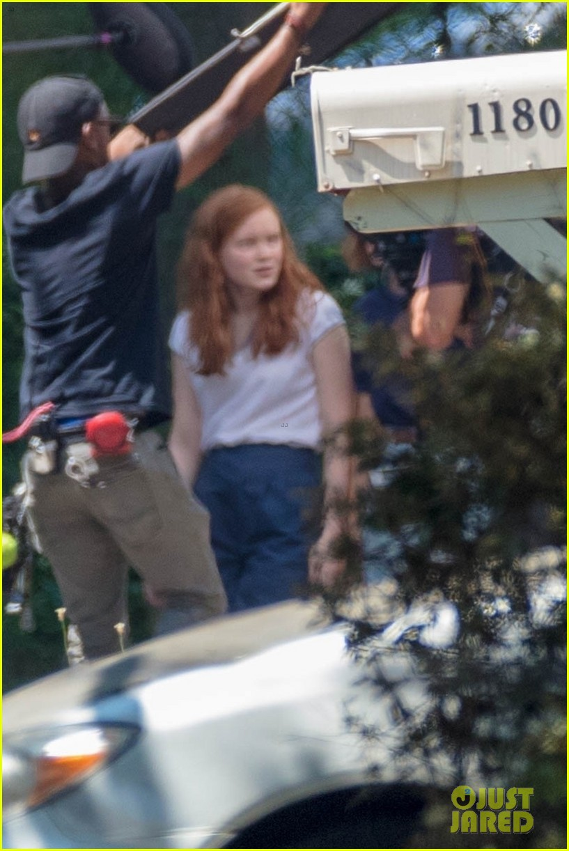 millie bobby brown sadie sink filming stranger things 12
