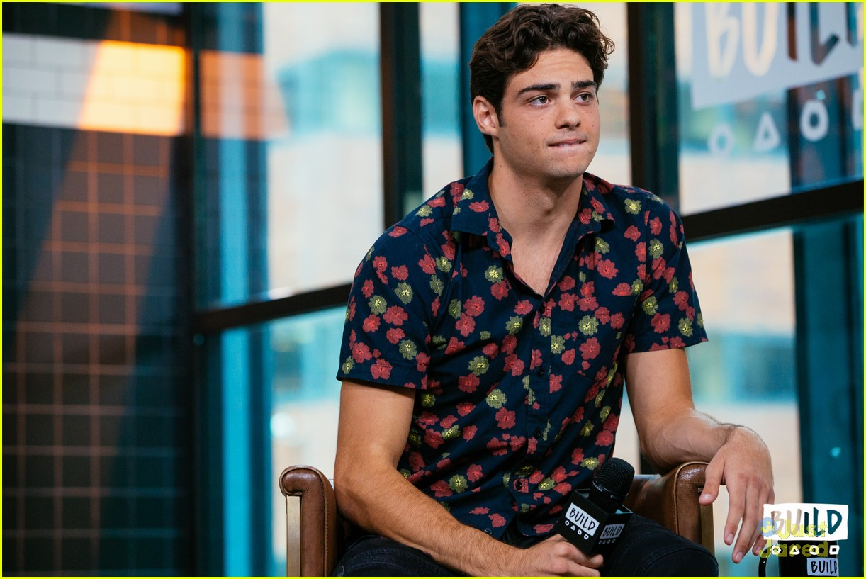 noah centineo talks tatbilb iconic kiss 06