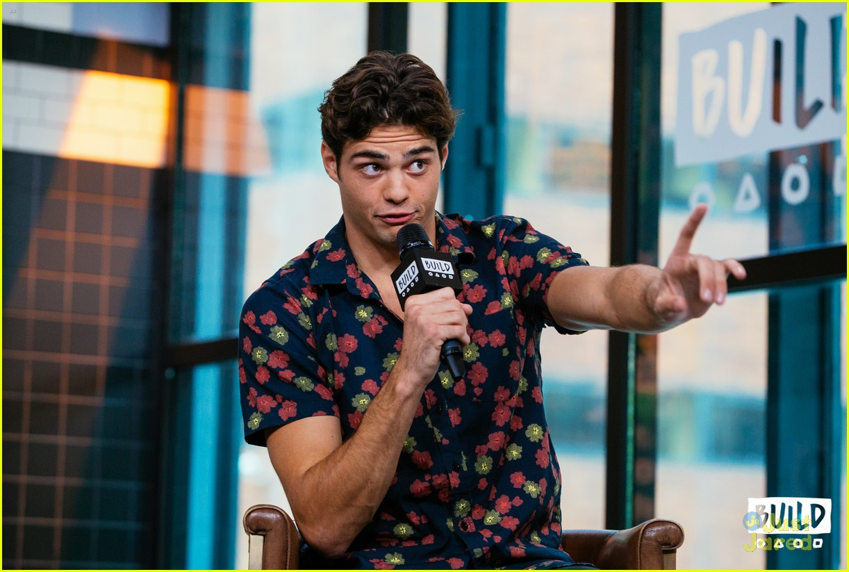 noah centineo talks tatbilb iconic kiss 07
