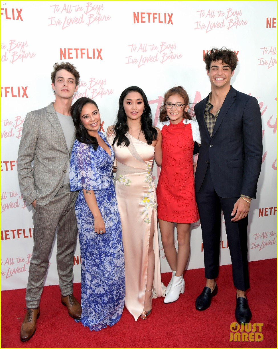 netflixs to all the boys ive loved before cast attends premiere 01