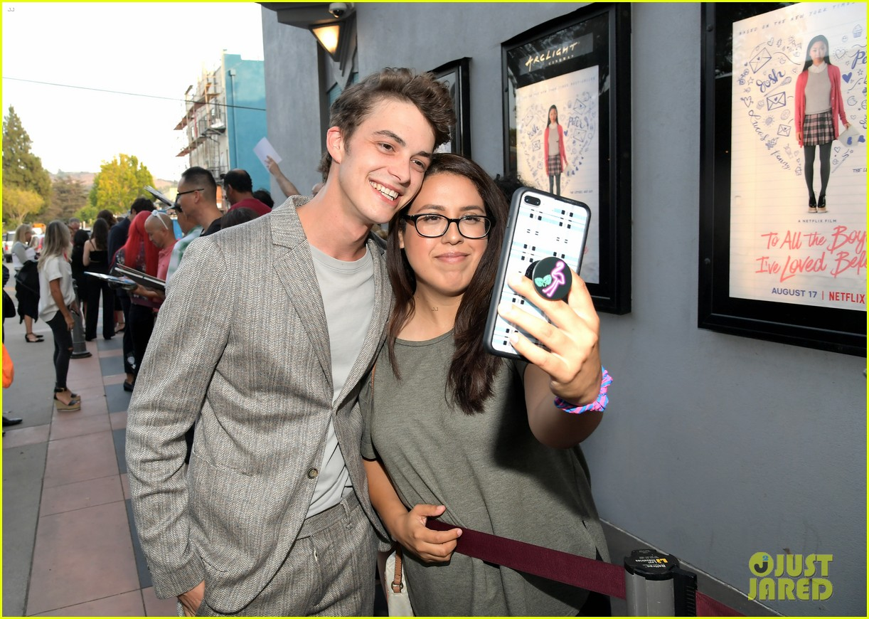 netflixs to all the boys ive loved before cast attends premiere 16
