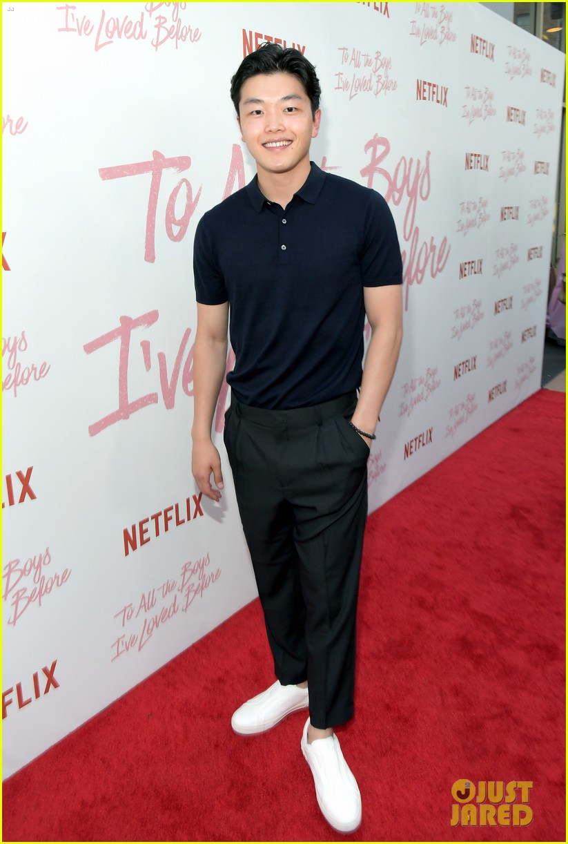 netflixs to all the boys ive loved before cast attends premiere 18