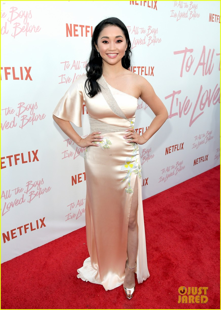 netflixs to all the boys ive loved before cast attends premiere 31