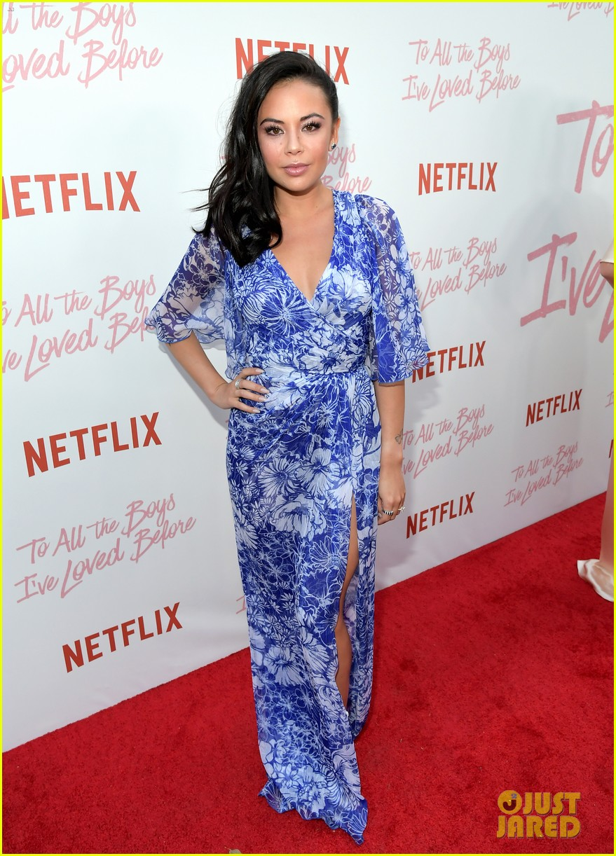 netflixs to all the boys ive loved before cast attends premiere 37
