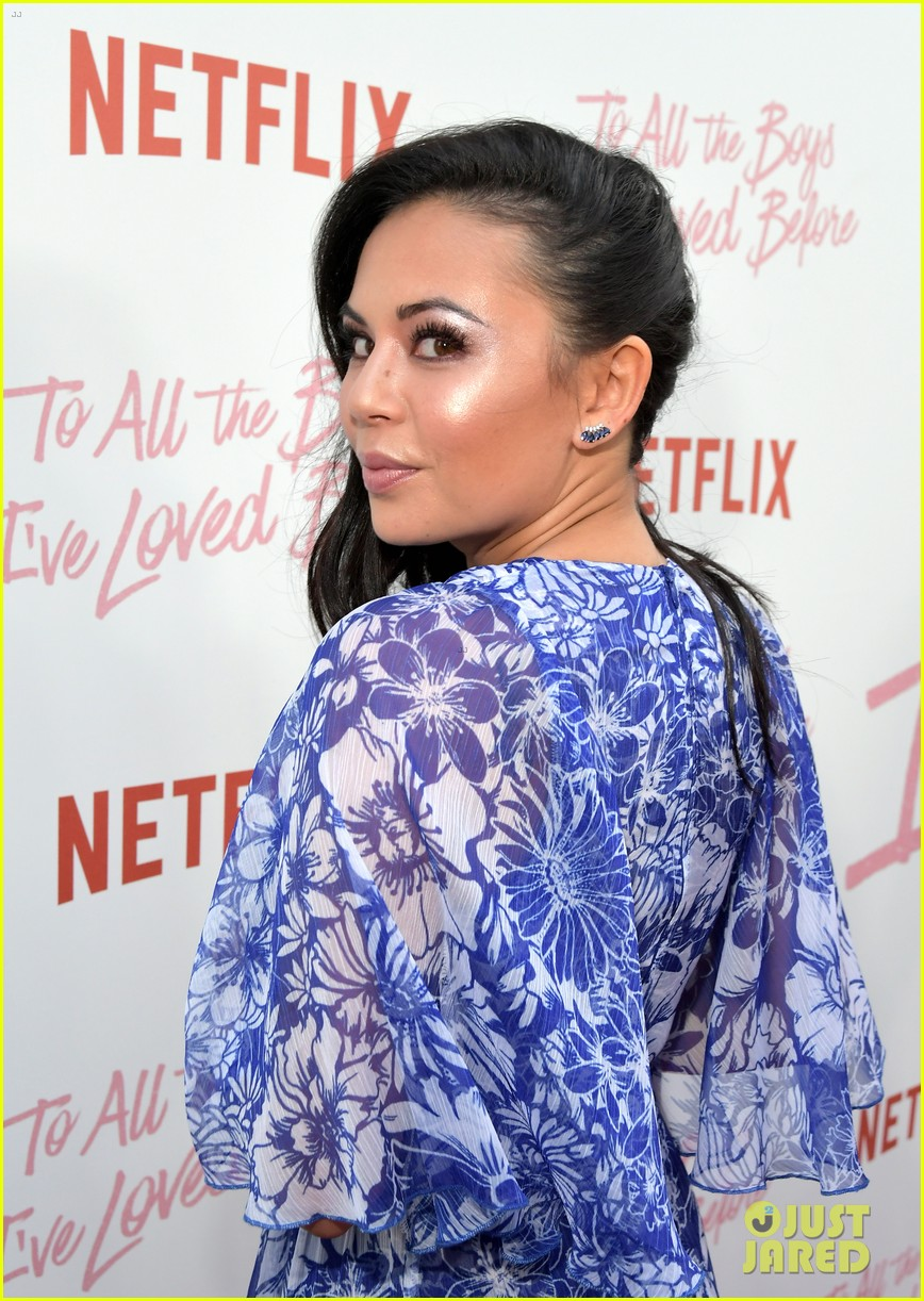 netflixs to all the boys ive loved before cast attends premiere 38