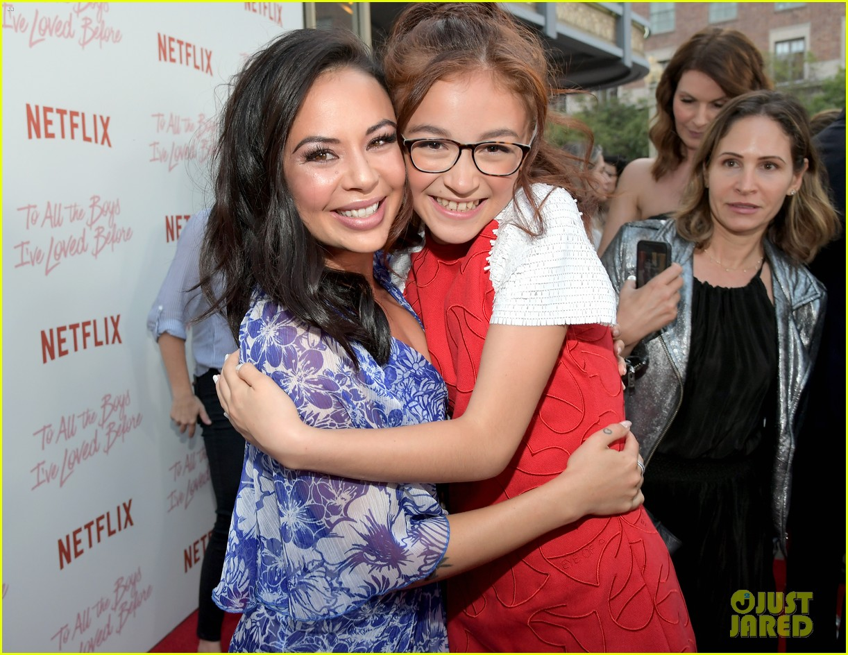 netflixs to all the boys ive loved before cast attends premiere 39