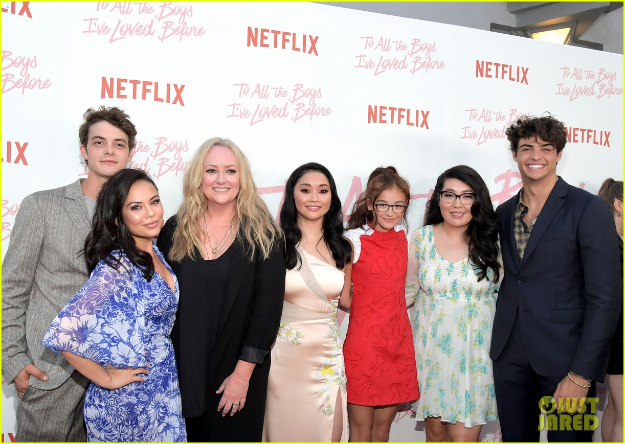 netflixs to all the boys ive loved before cast attends premiere 48