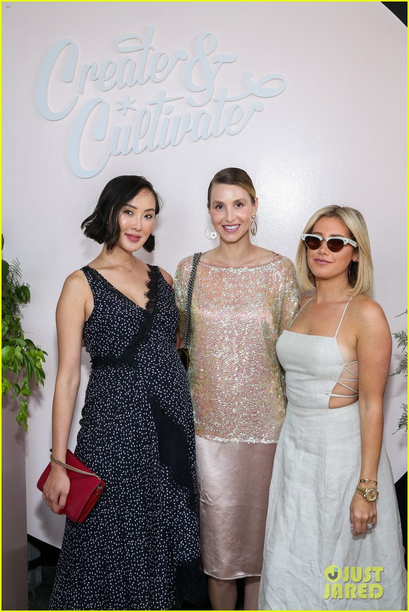 jennifer hudson shay mitchell create cultivate in chicago 16