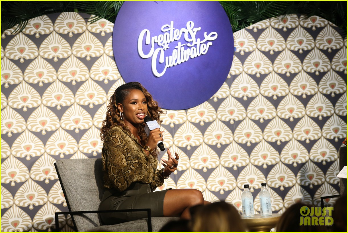 jennifer hudson shay mitchell create cultivate in chicago 20