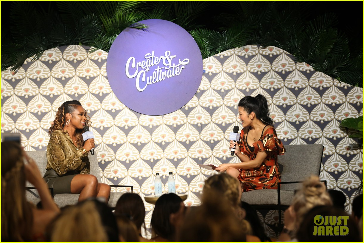 jennifer hudson shay mitchell create cultivate in chicago 21
