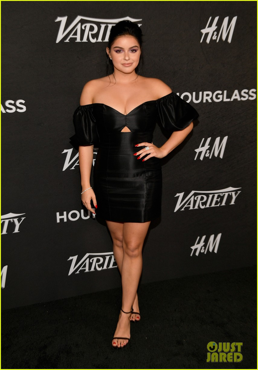 sarah hyland ariel winter step out for variety power of young hollywood event 01