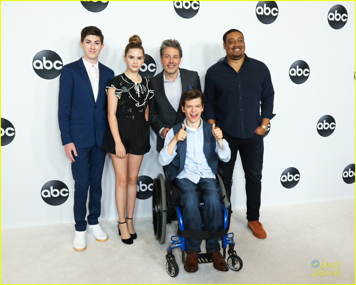 meg donnelly hayley orrantia kyla kenedy abc tca party 01