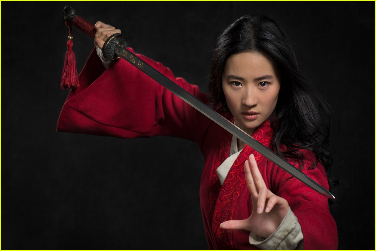 mulan disney first look liu yifei
