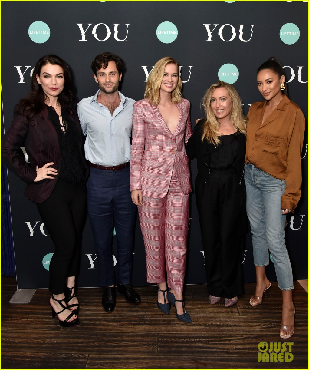 penn badgley elizabeth lail and shay mitchell look stylish at you series premiere 15