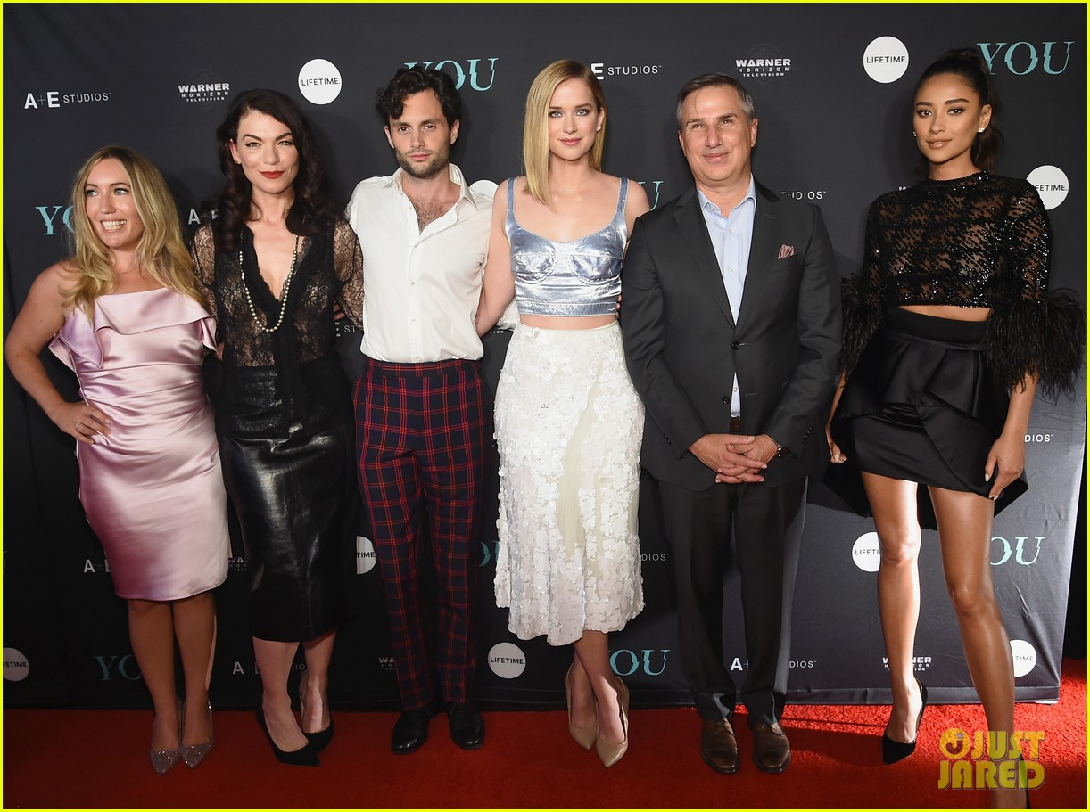 penn badgley elizabeth lail and shay mitchell look stylish at you series premiere 27
