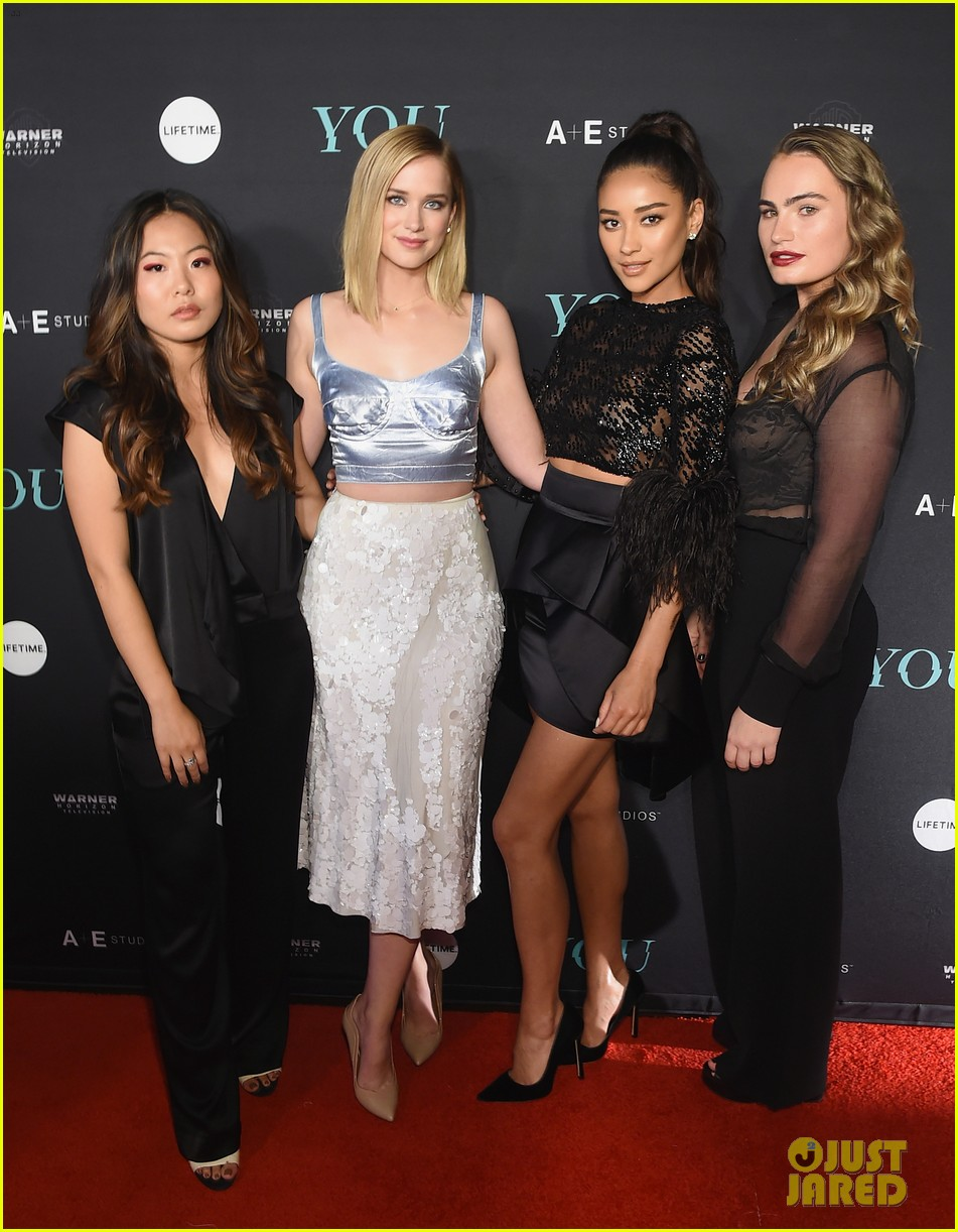 penn badgley elizabeth lail and shay mitchell look stylish at you series premiere 29