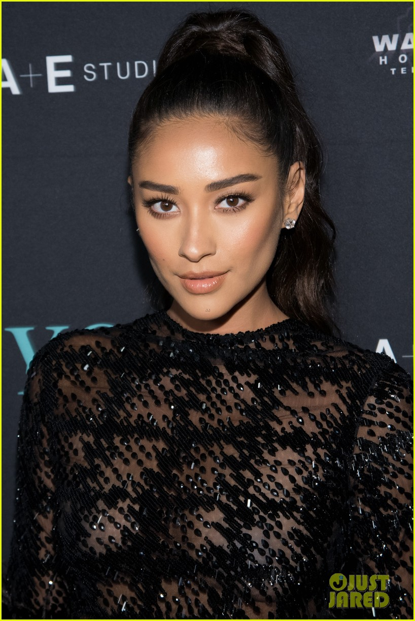 penn badgley elizabeth lail and shay mitchell look stylish at you series premiere 48
