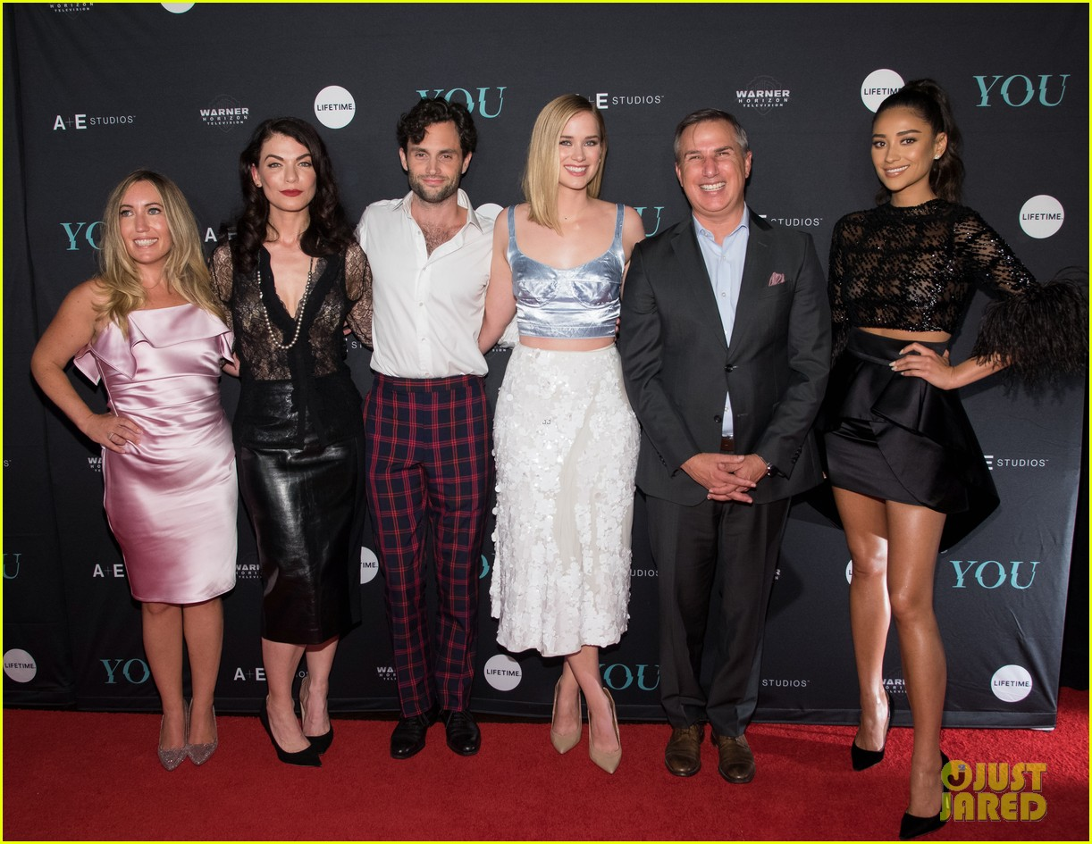 penn badgley elizabeth lail and shay mitchell look stylish at you series premiere 49