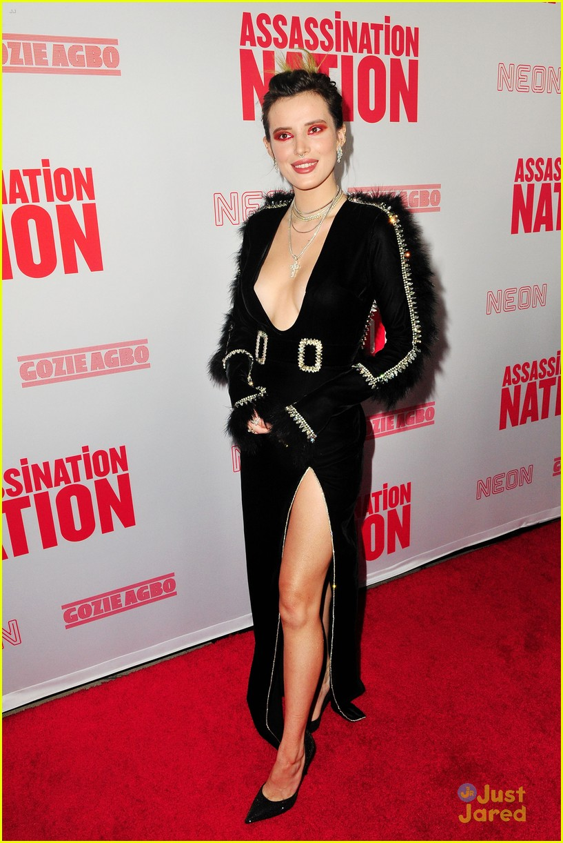 bella thorne mod sun kisses nation premiere 04