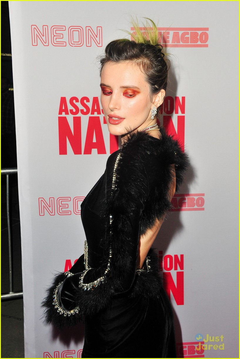 bella thorne mod sun kisses nation premiere 13