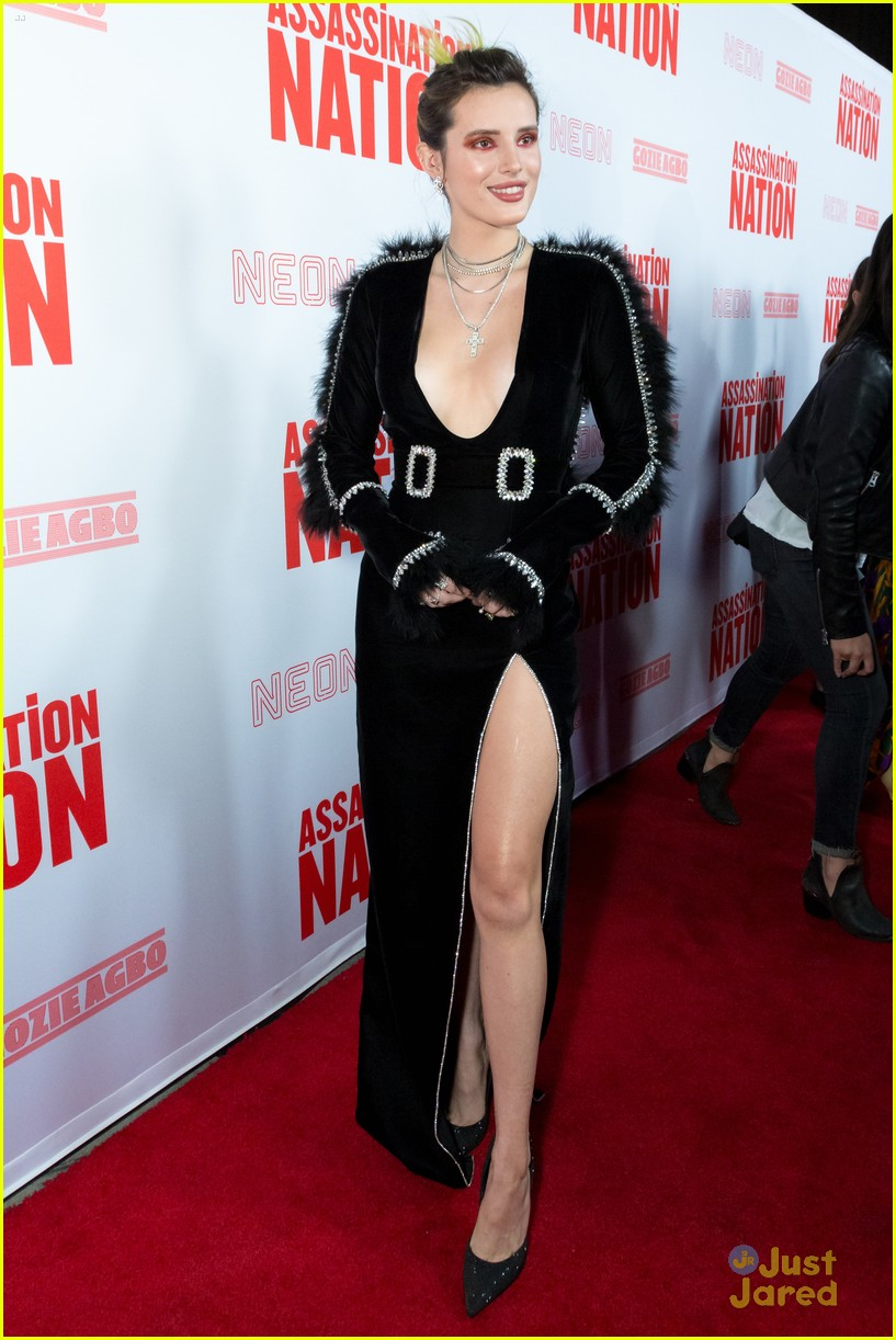 bella thorne mod sun kisses nation premiere 17