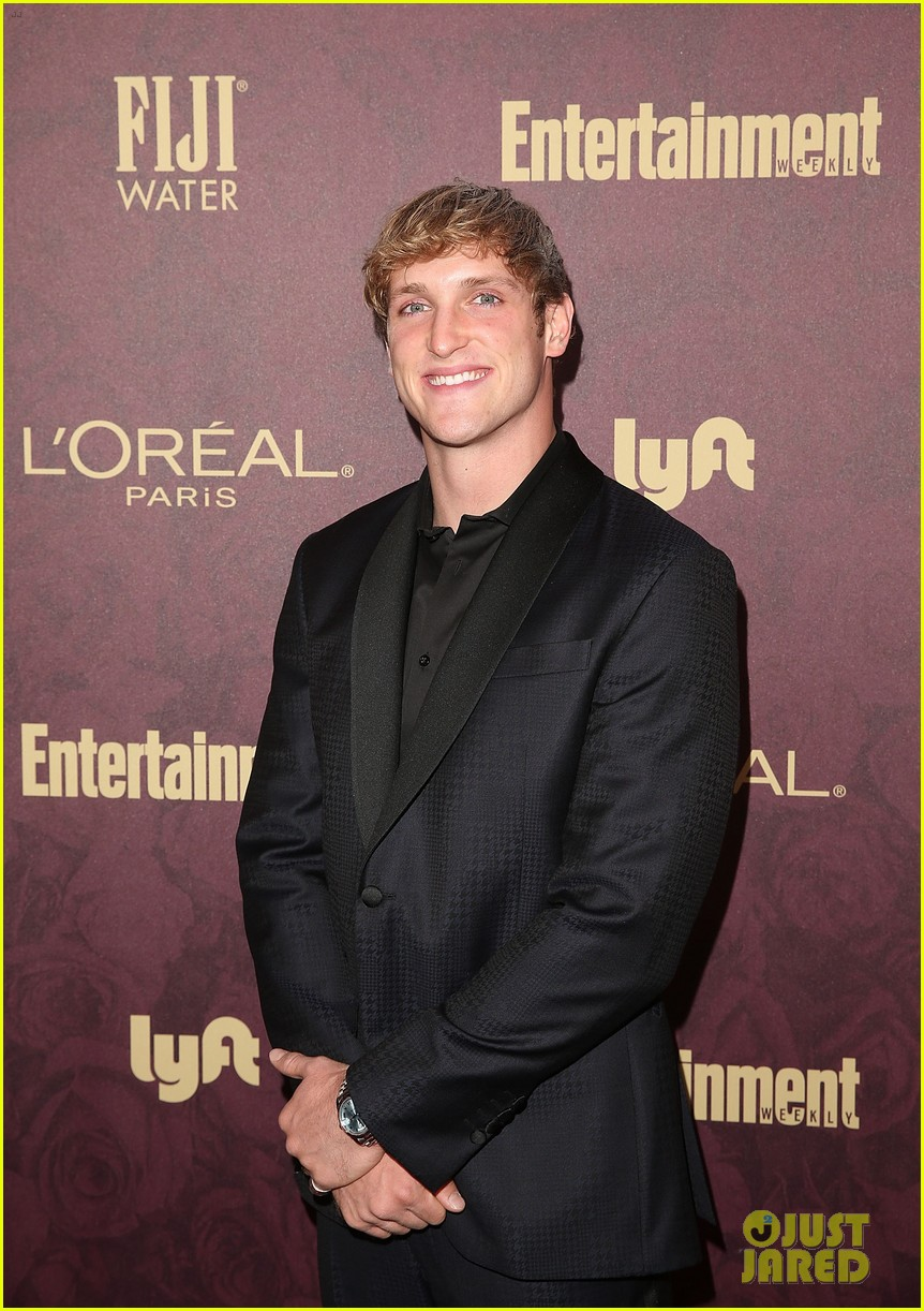 chloe bennet logan paul show affection at ew pre emmys party 07