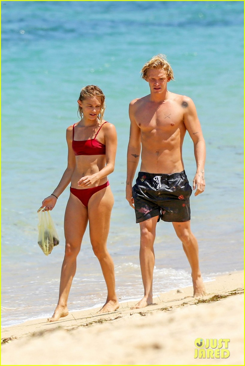 cody simpson hits the beach with girlfriend clair wuestenberg 05