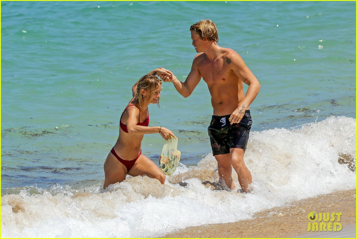 cody simpson hits the beach with girlfriend clair wuestenberg 21