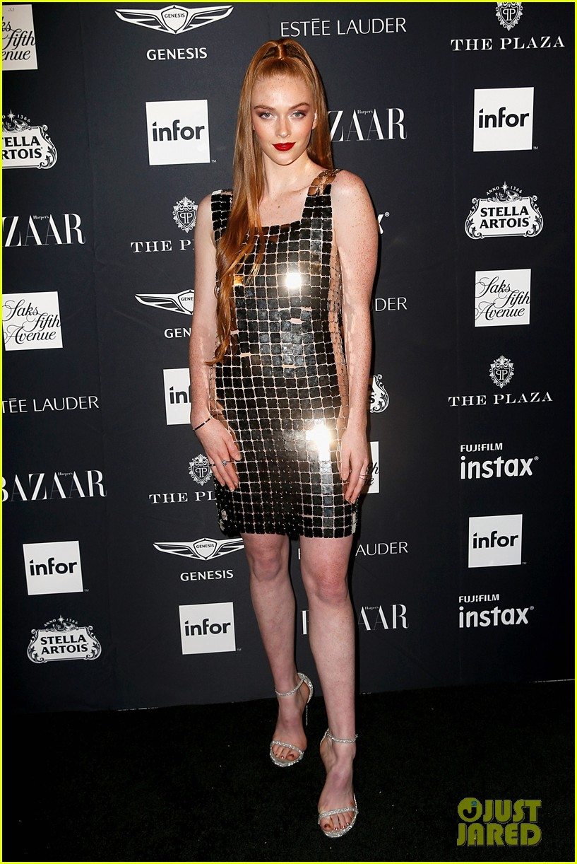 kaia and presley gerber join hayley kiyoko and more stars at harpers bazaar icons party 04
