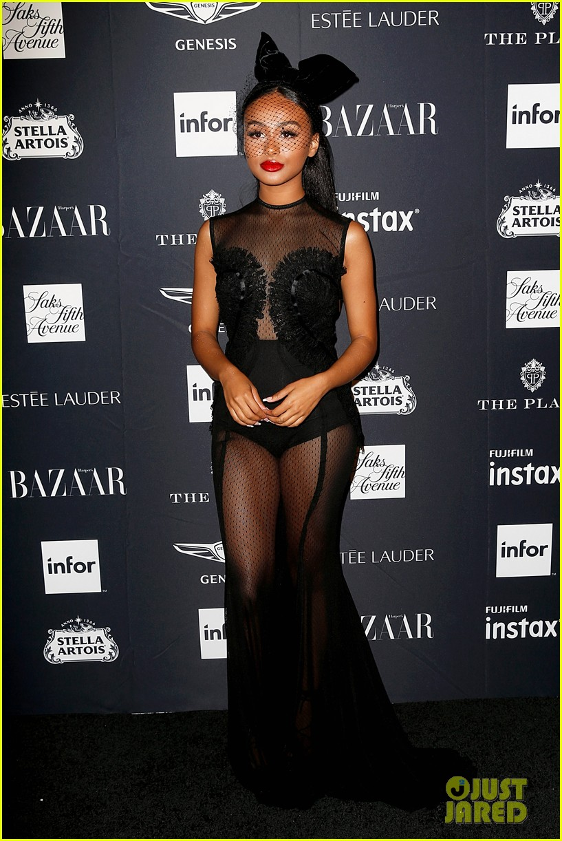kaia and presley gerber join hayley kiyoko and more stars at harpers bazaar icons party 36