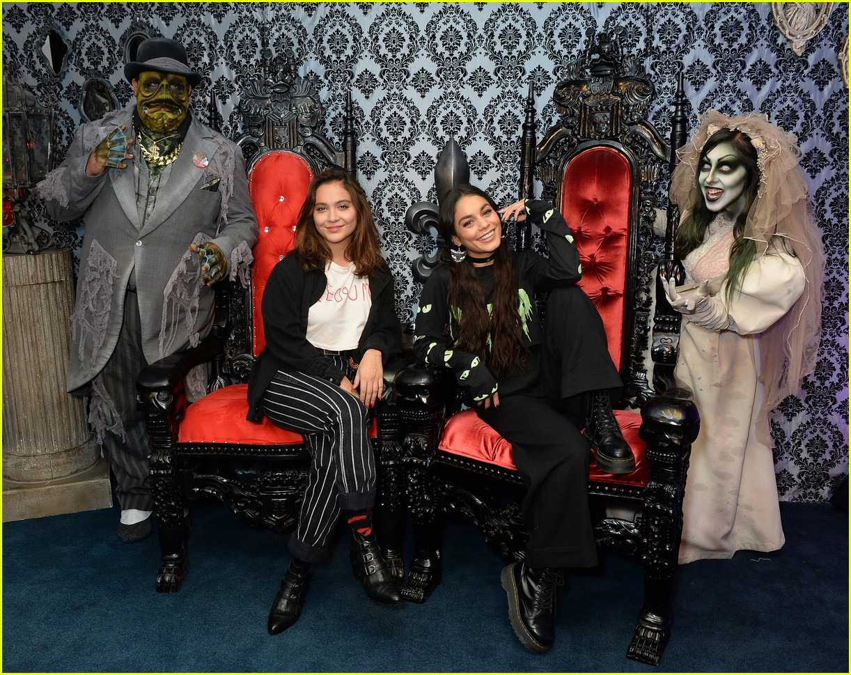 vanessa hudgens channels her inner monster at knotts scary farm with austin butler07