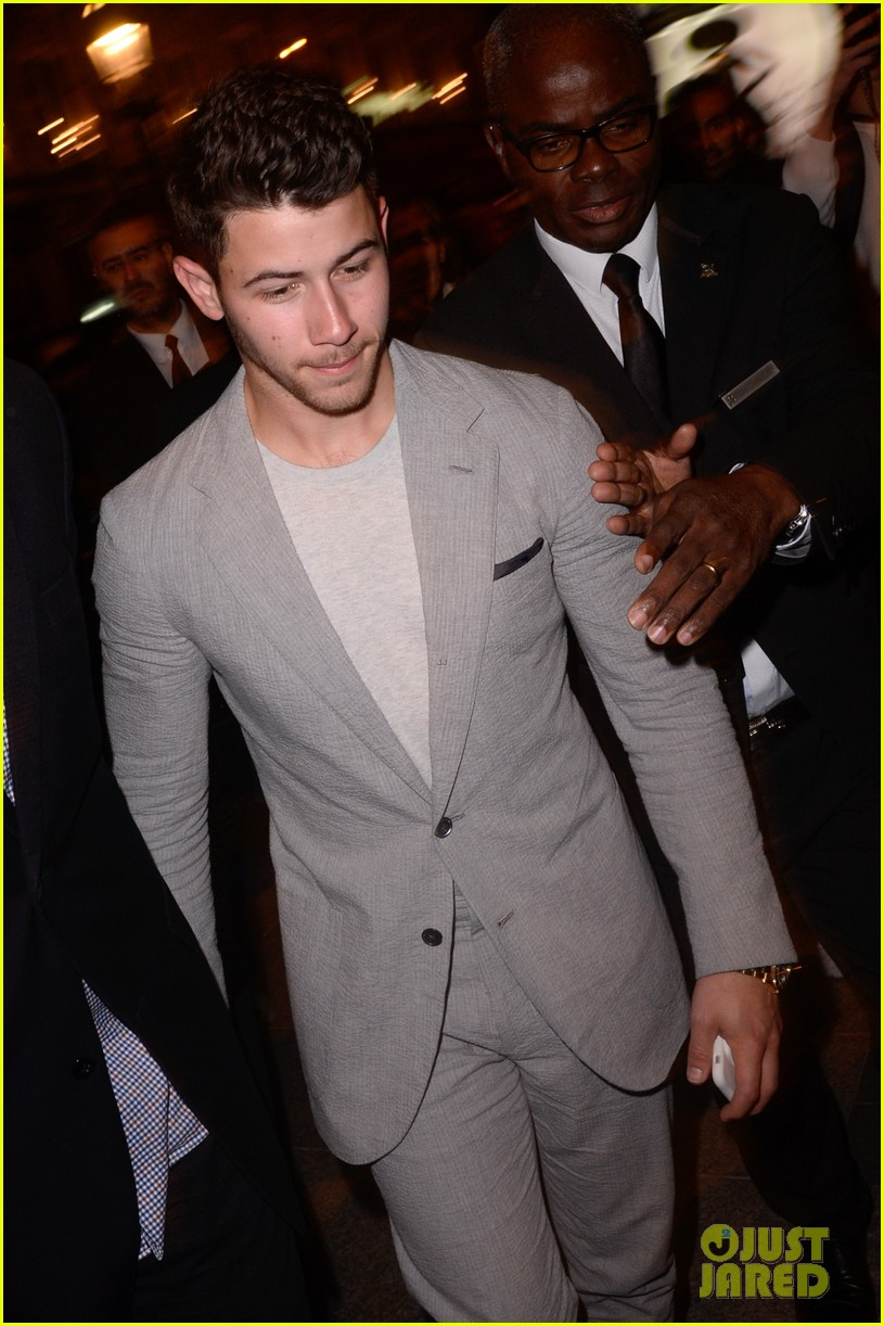 nick jonas and little brother frankie team up for ryder cup dinner in paris 01