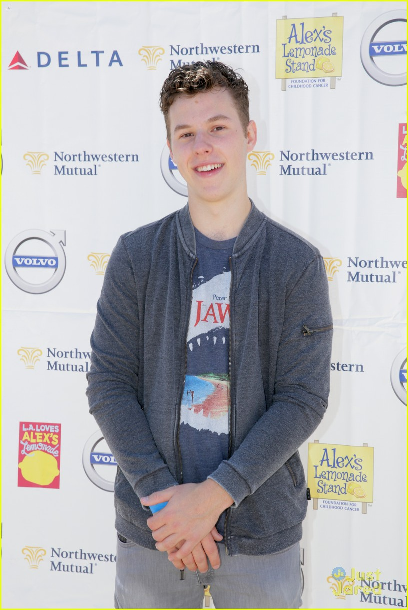 nolan gould alex lemonade stand event 02