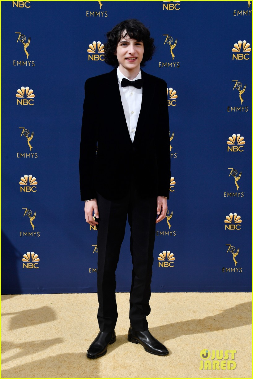 sadie sink stranger things kids emmy awards 01