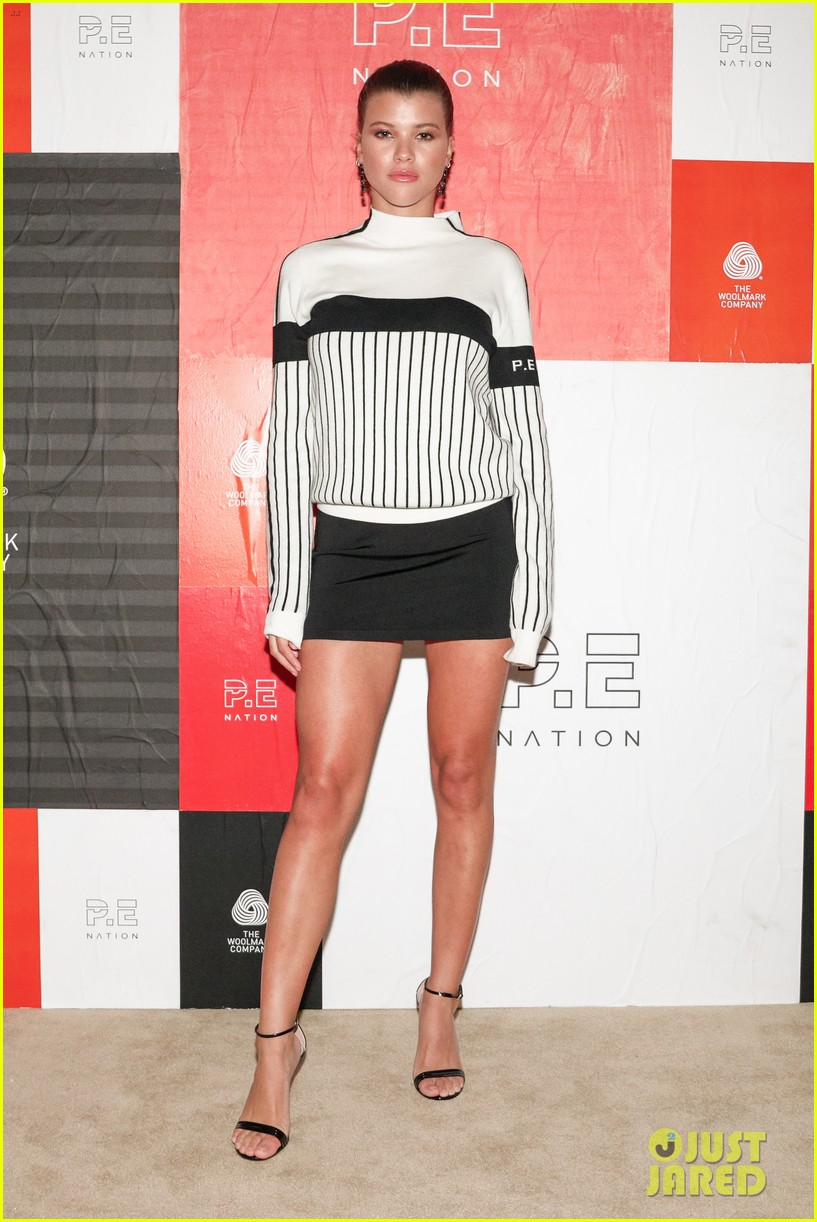 victoria justice sofia richie celebrate pe nation woolmark collab 03